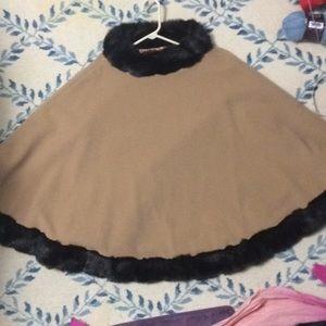 NWOT wool coat cape poncho faux fur trim beige